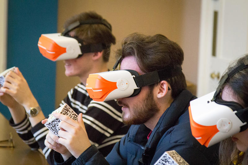 AStudents at lady margaret hall studying history in virtual reality. Photo by Xavier L.